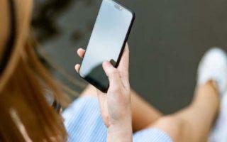 Θέλετε να σώσετε τη σχέση σας; 2+1 βήματα για να μην «χάνεστε» στα social