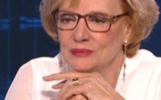 Η Μάρω Κοντού μίλησε για τον Λάμπρο Κωνσταντάρα, τις πλαστικές και τον λόγο που δεν μπορεί να κάνει παιδί