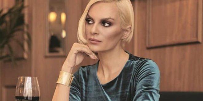 Η Έλενα Χριστοπούλου απάντησε σε hater με τον πιο απολαυστικό τρόπο