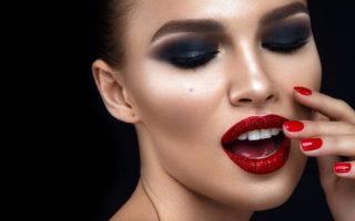 Η νέα τάση στο μακιγιάζ μάς επιστρέφει θριαμβευτικά στα 90s – Newsbeast