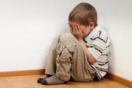 Τα συμπτώματα της παιδικής ψύχωσης – Newsbeast