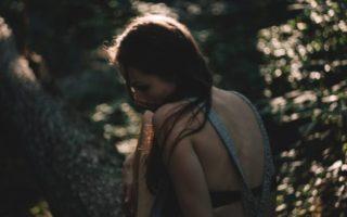 «Η κόρη μου ανακάλυψε ότι ο φίλος της είναι ομοφυλόφιλος. Πώς να τη βοηθήσω;»