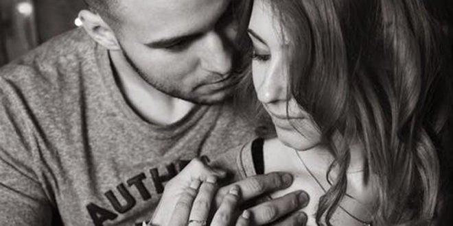 «Η μητέρα μου δεν συμπαθεί τη σύντροφό μου... Πώς να το χειριστώ;»